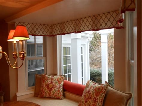 Custom window valances select color according to your style window treatments design ideas