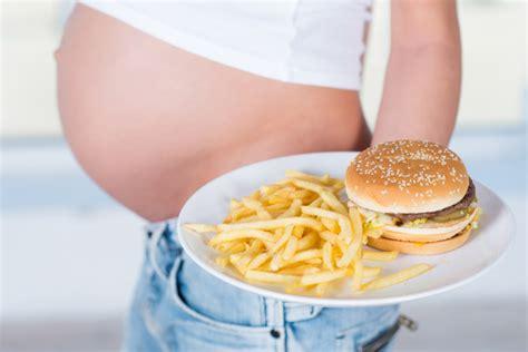 alimentazione per stitichezza stitichezza in gravidanza alimentazione e consigli utili