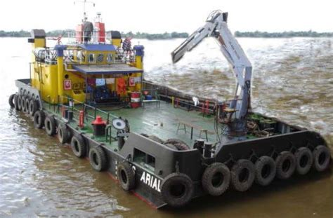 offshore work boats for sale work boat work barge with 2 x 350 hp 21 mtrs
