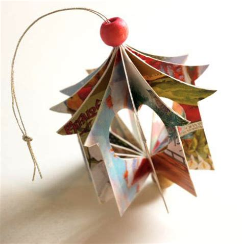 recycled christmas card ornament totally green crafts