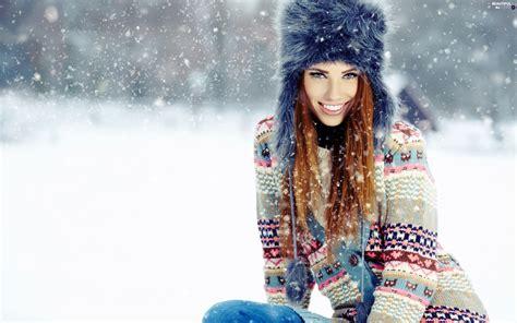 wallpaper girl winter winter women model beautiful views wallpapers 2880x1800