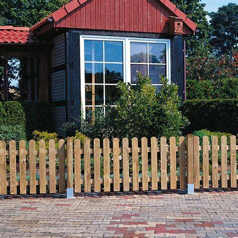 bauhaus staketenzaun staketenzaun gartentor 100 x 85 cm ohne beschl 228 ge gr 252 n