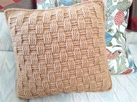 Pattern For Pillow Cover by 17 Best Images About Crochet Pillow Cover Patterns On