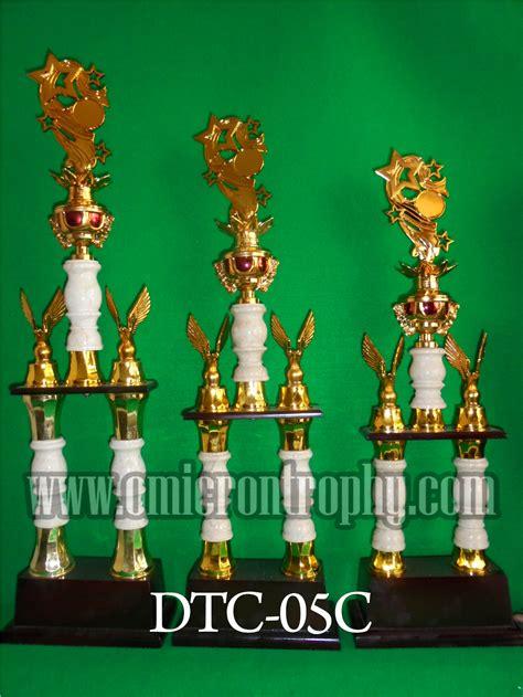 Piala Kaki 2 jual piala trophy kaki 2 untuk kejuaraan bergilir