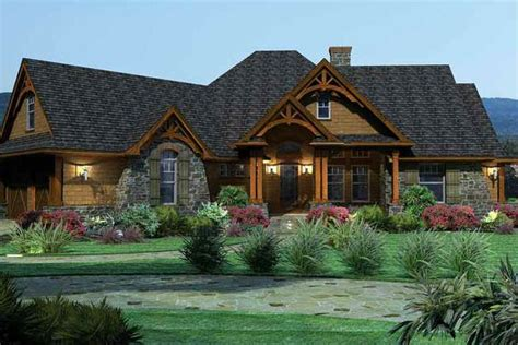 8 features of 2013 s top selling house plans builder
