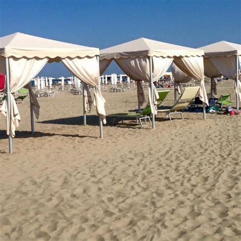 gazebo spiaggia stabilimento balneare con piscina bagno pineta n 24
