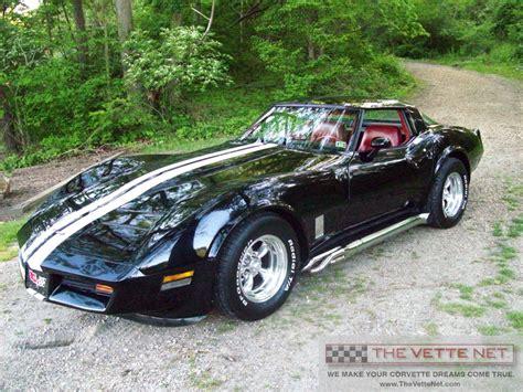 TheVetteNet.com   1981 T Top Corvette Details