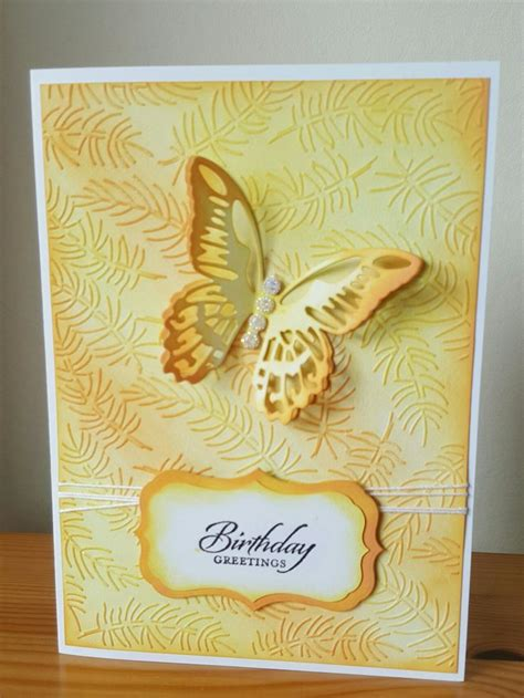 Arinda Embos G 01 embossing folder tim holtz butterfly and distress oxide ink pyssel