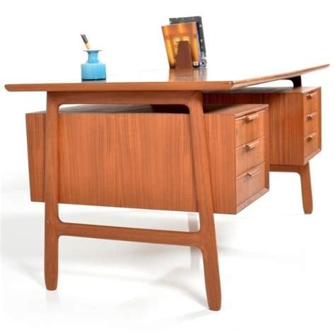 Model 75 writing desk by Gunni Omann for Omann Jun, 1960s