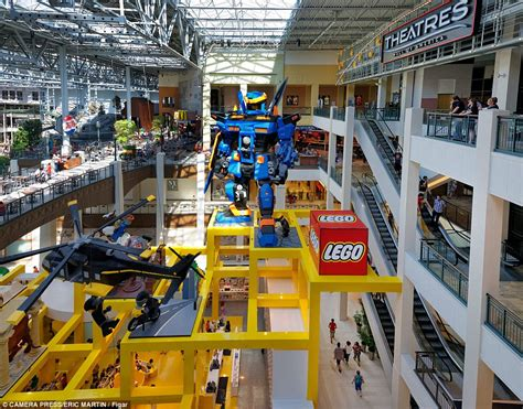 shop america stop by the mall of america next time you in minnesota photos places boomsbeat