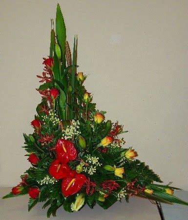 Vas Bunga Triangle Glass Vase 17 best images about flower arrangements on
