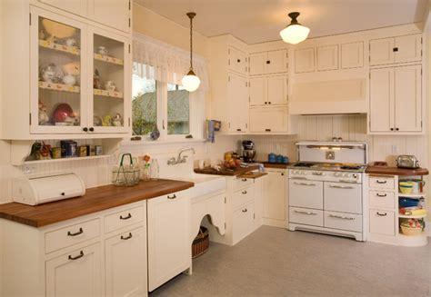 1920's Historic Kitchen   Shabby chic Style   Kitchen