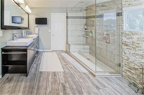 Bathroom Hardwood Flooring Ideas by Bathroom Laminate Flooring