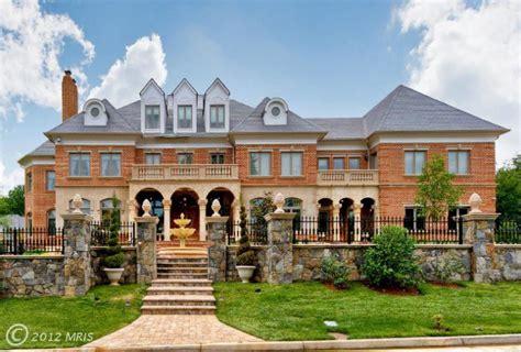 Large Mansion Floor Plans 5 5 Million Stately Brick Mansion In Great Falls Va