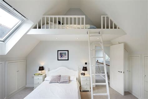 how to cool upstairs bedrooms great idea for a kids bedroom with vaulted ceilings