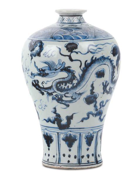 vaso bianco vaso bianco e con drago cina dinastia qing xix