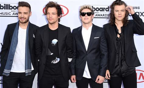 one direction one direction thanks zayn malik during their 2015
