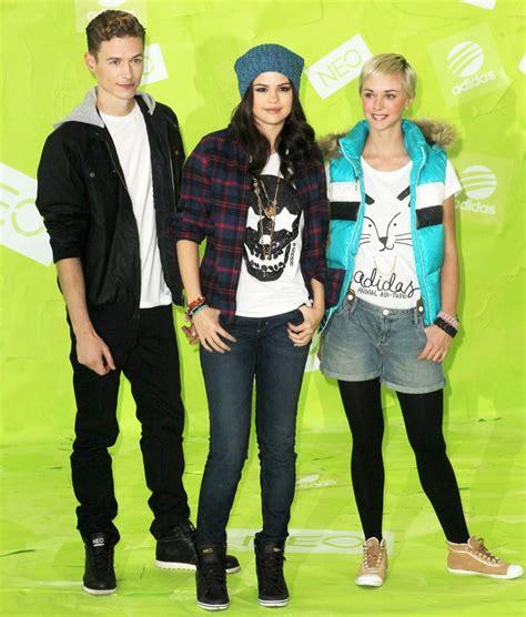 Adidas Neo Selena Gomez Edition selena gomez and adidas neo label selena goes neo