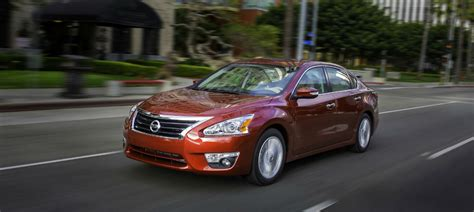 price of 2015 nissan altima how fuel efficient is the 2015 nissan altima