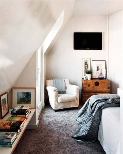 small attic bedroom best 25 small attic bedrooms ideas on pinterest small attics attic bedroom closets and attic