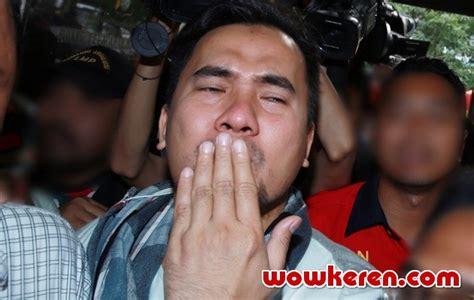 Kaos Kesha Kesha 19 kembali ke tahanan saiful jamil beri bye kabar