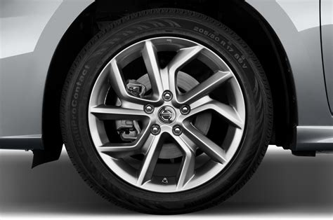 2014 nissan sentra sr horsepower 2015 nissan sentra reviews and rating motor trend