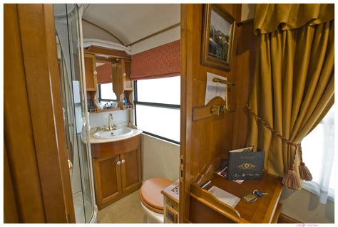 Bunk And Desk Luxury Trains In Spain Train Tours El Transcantabrico Al