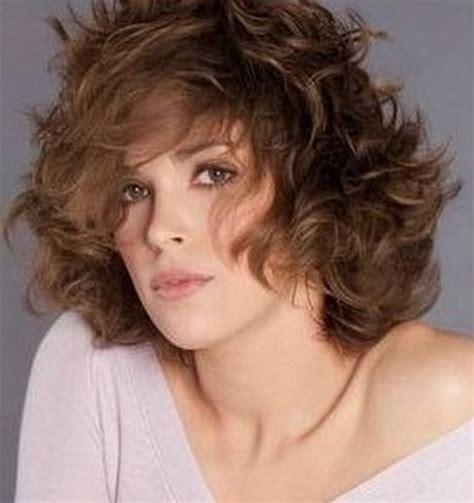 cortes para cabello ondulado y cara ovalada corte pelo ondulado cara redonda