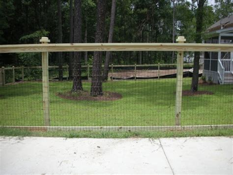 Backyard Fencing Ideas For Dogs by 24 Best Images About Fence Ideas On