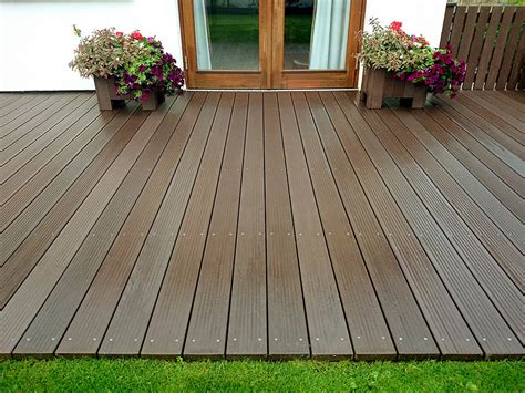 maintenance  decking irish recycled products