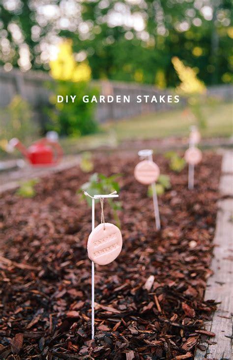 garden update diy garden stakes  honor  design