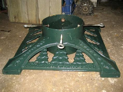 very large heavy cast iron christmas tree stand saanich