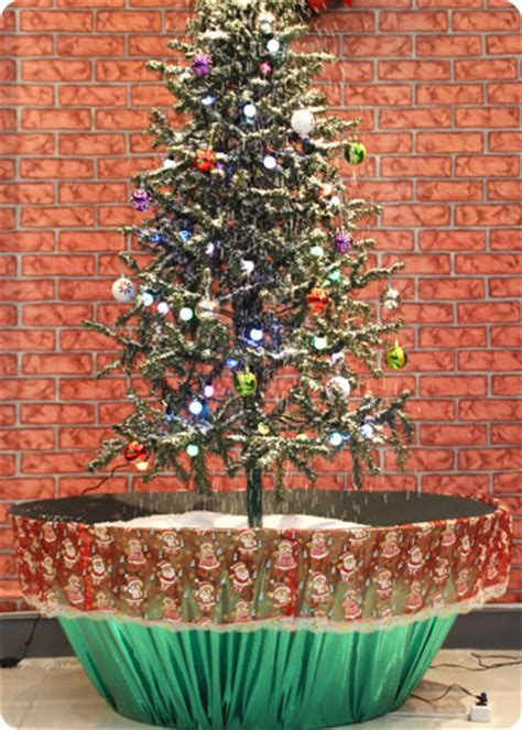 snowing christmas tree green flower pot base with
