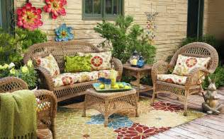Outdoor Decor Ideas by Outdoor Decor Ideas For Spring Outdoortheme Com