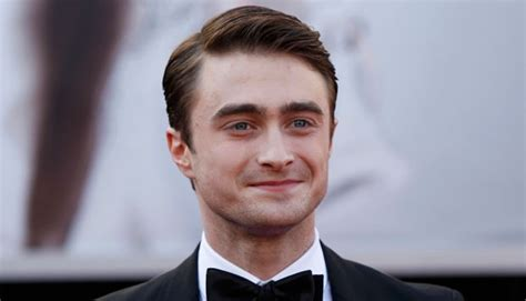 daniel radcliffe comes to tn daniel radcliffe comes to aid of mugging victim in london