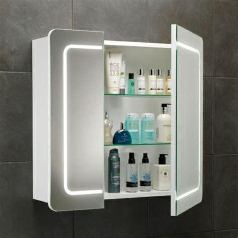 badmöbel walnuss badezimmer spiegelschrank dekor