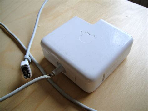 how to fix your macbook pro charger how to fix a broken macbook charger in minutes