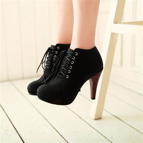 Sepatu Heel Black Kezia toe stiletto high heel lace up ankle black boots on