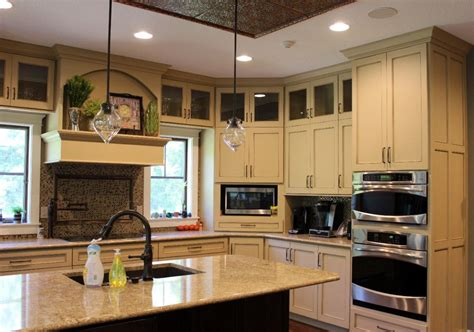 kitchen with big island matt n surrella s taste 100 double kitchen island kitchen island simple