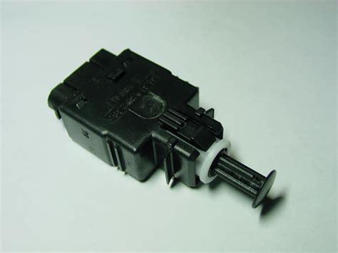 bmw brake light switch bmw e36 328 325 318 m3 brake light switch replacement diy