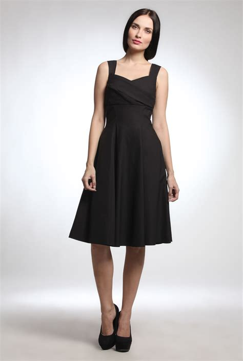 below the knee dresses and skirts ideas 7