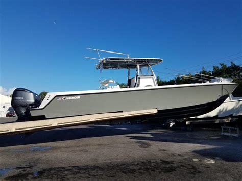 2017 used contender 39 st center console fishing boat for - Used Contender Center Console Boats For Sale