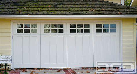 coastal cottage 08 custom architectural garage door