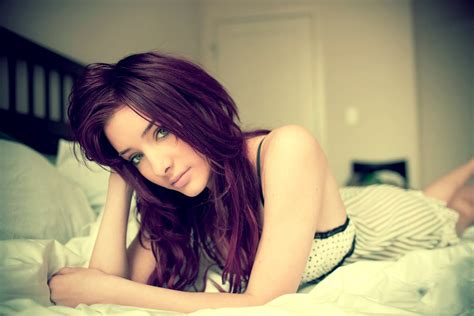 facts about redheads in bed bigs wallpapers