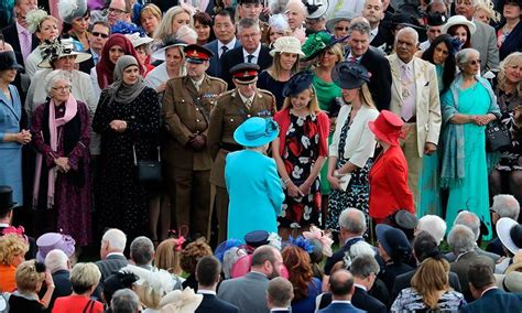 prince william  kate middletons  joint buckingham