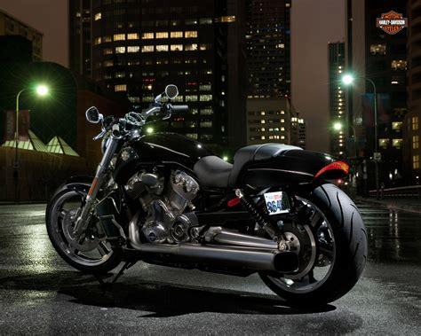 2012 Harley Davidson VRSCF V Rod Muscle Review