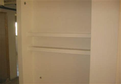 scaffale in cartongesso come realizzare uno scaffale di cartongesso esperto in casa