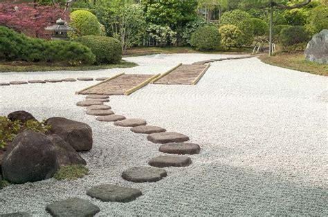come si realizza un giardino progettazione giardini zen a verona officina verde