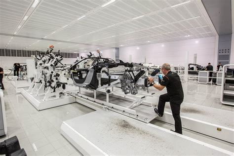 mclaren f1 factory see inside mclaren s incredible 650s supercar factory