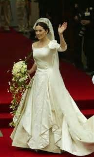 Olive boy affordable modest wedding dresses
